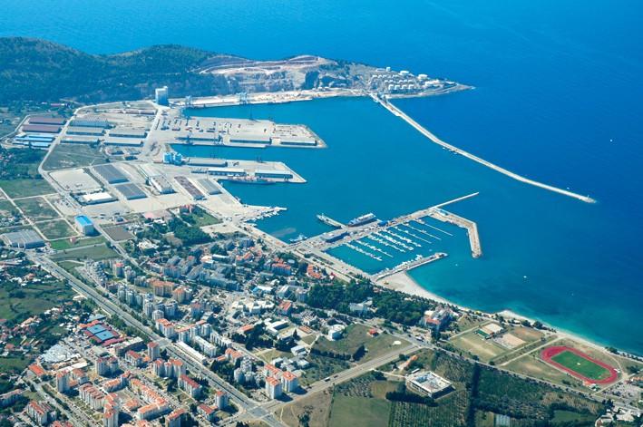 Получение гражданства при покупке недвижимости в черногории